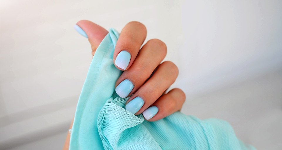 10 Best Color Changing Nail Polish   Buying Guide 2021